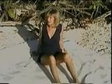Milf Lisa lässt sich am Strand ficken