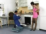 Hausfrau fickt den Elektriker – Sex mit Handwerker
