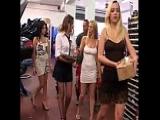 Orgie in der KFZ Werkstatt – 4 Frauen ficken 3 Männer