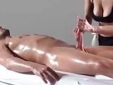 Tantra Massage für den Penis – Erotische Massage für den Mann
