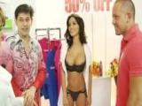 Gruppensex im Drogerie Markt in reizenden Dessous