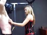 Die Domina und der Sklave – Femdom Pornofilm